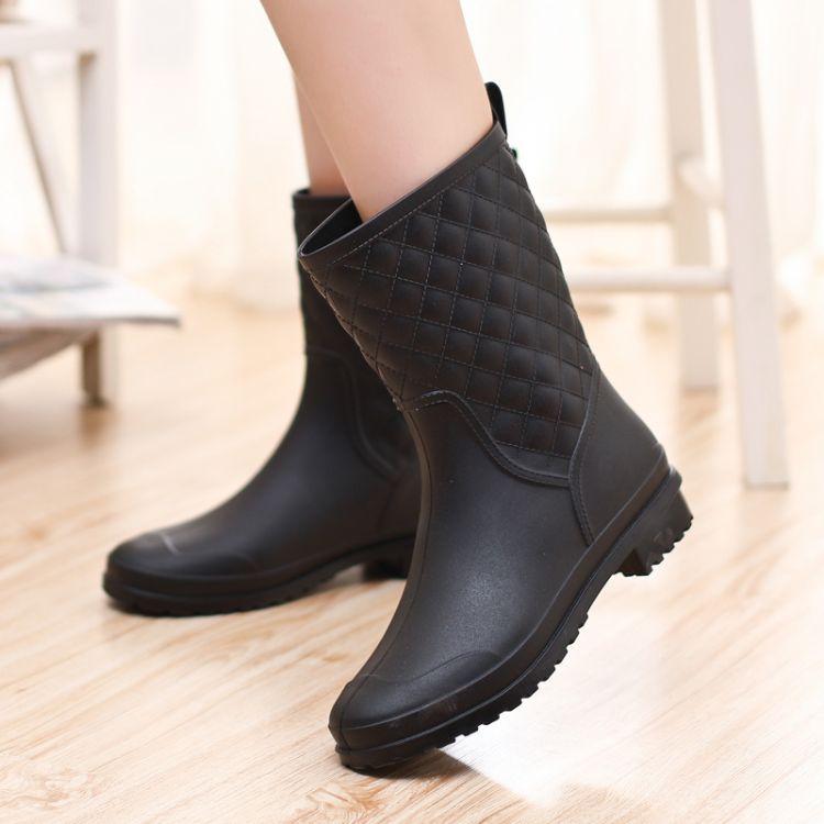 新款女士雨鞋韩版时尚雨靴PVC格子水鞋防水防滑套鞋厨房胶鞋女鞋