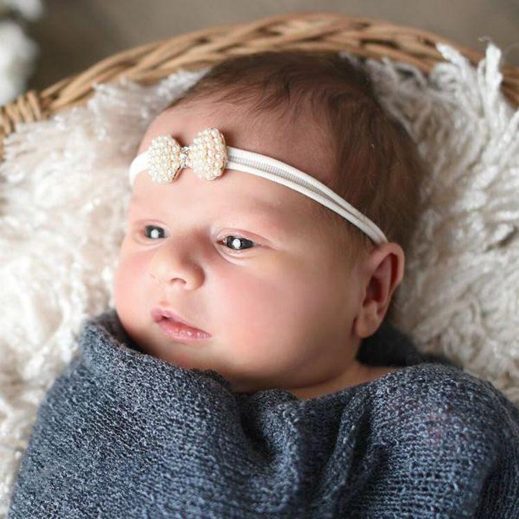 速卖通亚马逊货源婴儿发带摄影道具欧美儿童珍珠蝴蝶结头带发饰