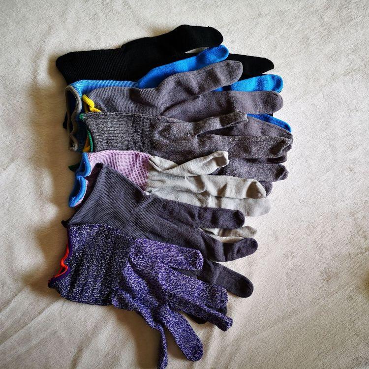 便宜批发防切割手套防护防割屠宰手套多功能五指防割耐磨手套