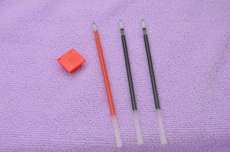 加粗款0.5mm子弹头中性笔笔芯厂家直销 水笔替芯100支全针管笔芯