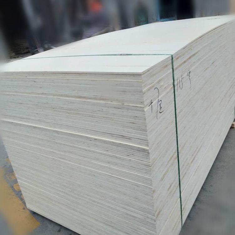 胶合板雕刻用多层板多层板门套板批发订制平整度高恒龙木业
