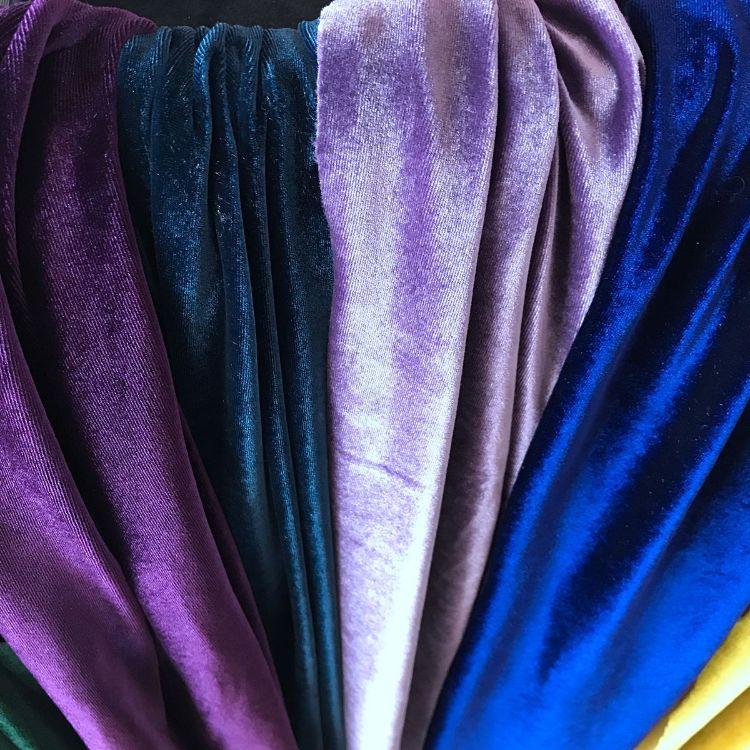 厂家生产 单面平板素色经编四面弹丝绒 氨纶韩国绒服装服饰面料