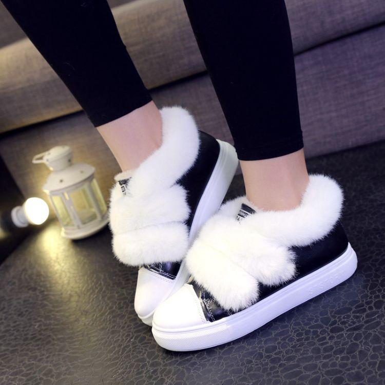 单鞋女2018新款冬季加绒帆布鞋韩版百搭学生小白鞋保暖板鞋毛毛鞋