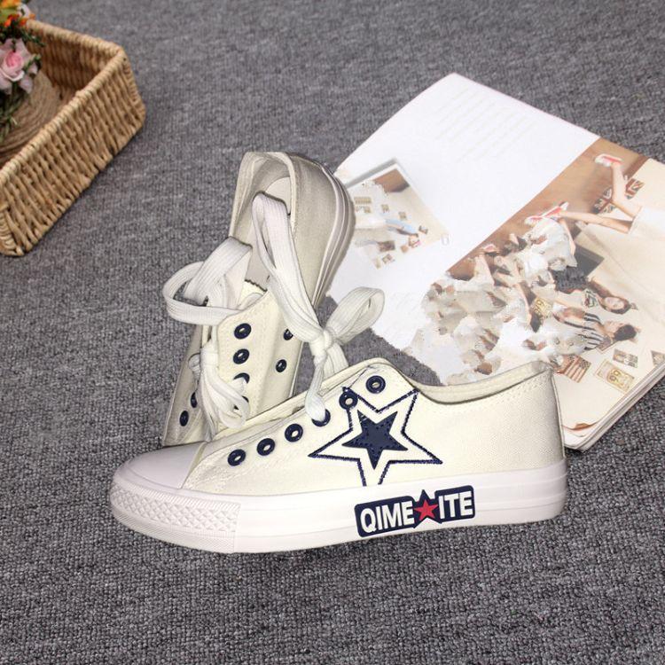 新款新潮韩版 前系带休闲运动鞋 平底防滑单鞋 厂家直销