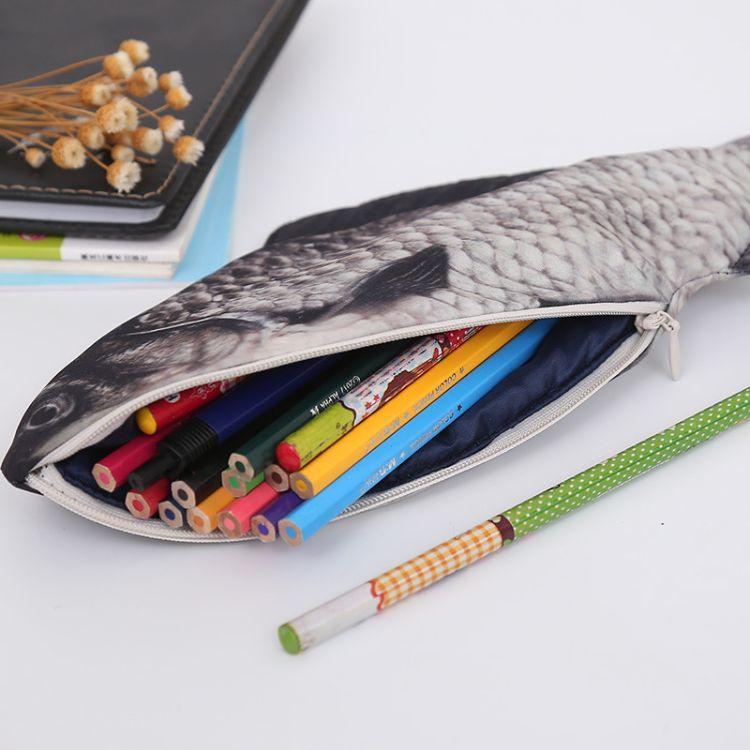 工厂直销创意仿鱼笔袋 韩版鲫鱼咸鱼学生化妆包零钱包