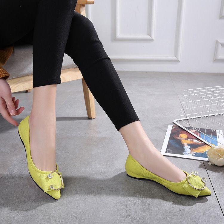 厂家直销2019夏季新款浅口女鞋金属C形扣女单鞋纯色时装平底鞋