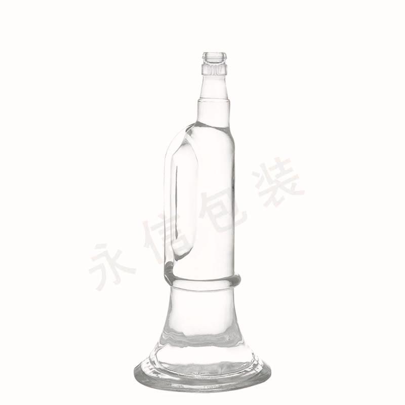 供应各种玻璃瓶 透明 白酒瓶500ml 红酒瓶700ml 饮料瓶