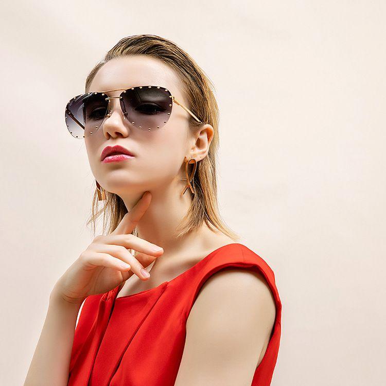 奇迹金属铆钉防紫外线太阳镜经典蛤蟆偏光太阳镜搞怪墨镜产地货源
