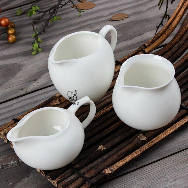 云松窑德化白瓷公道杯玉瓷茶海手把公杯耐热通透分茶杯定制直销