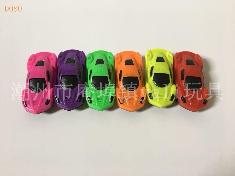 地摊玩具批发 儿童喜爱赛车模型小跑车 厂家直发糖果商赠品小玩具
