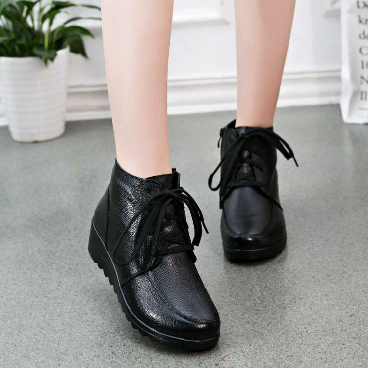代发2017秋冬新款妈妈棉鞋中老年平底坡跟中筒女靴真皮保暖