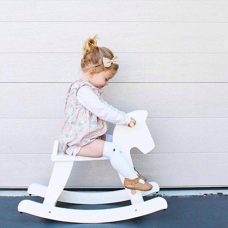 INS爆款木质木马摇摇马小号宝宝坐马儿童益智玩具儿童房装饰品