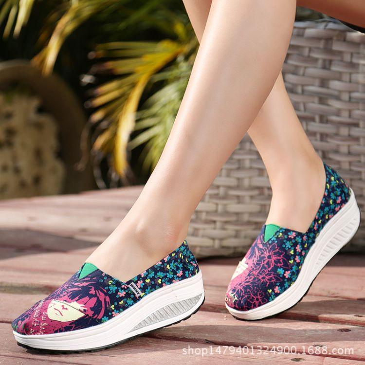 一件代发一脚蹬懒人套脚鞋 韩版潮帆布鞋女坡跟帆布摇摇鞋9001-41