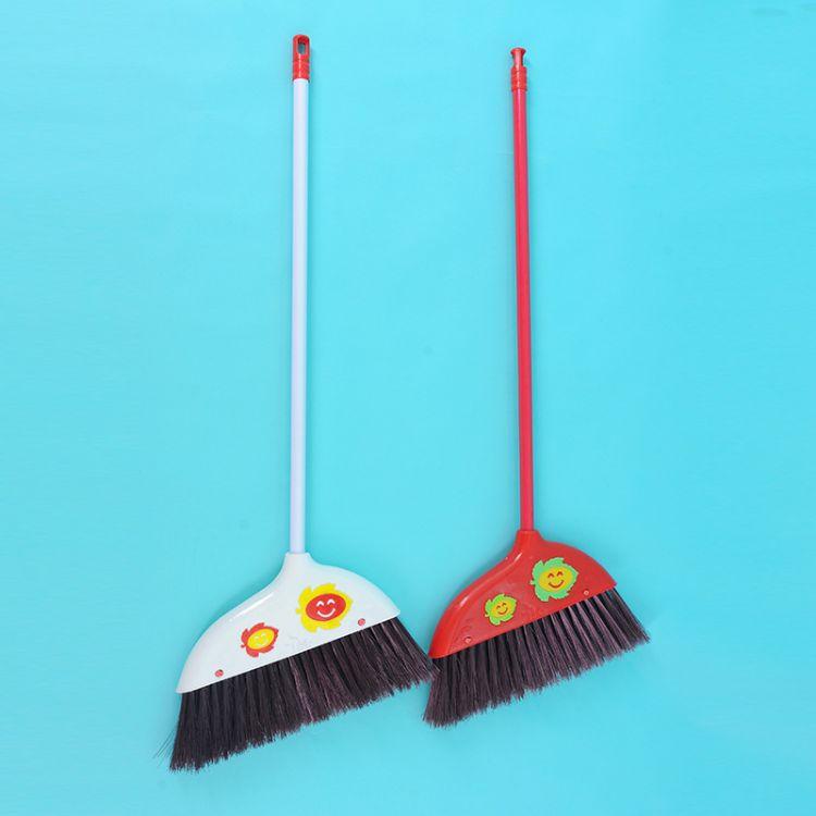厂家直销 家用清洁魔法塑料笑脸扫把 家居优质软毛地板扫帚 批发
