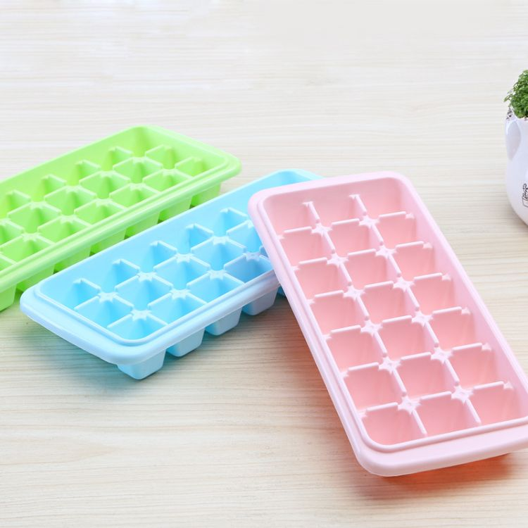 跨境厂家直销一件代发21格方形冰格12格带盖塑料创意心形制冰冰模