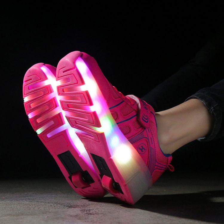 2018夏季新款儿童网布滑轮鞋单轮暴走鞋LED发光鞋震动发光轮子鞋