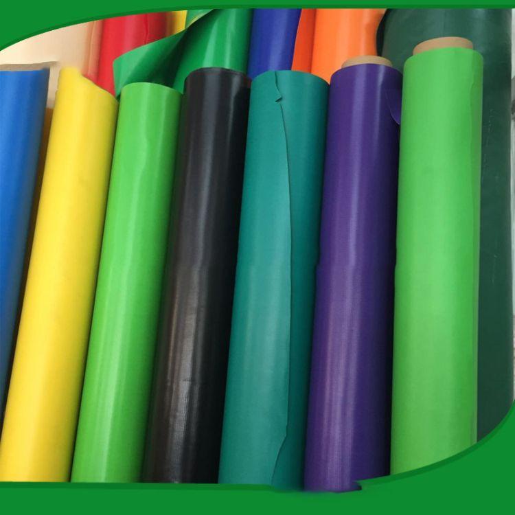PVC 840D-1000D 涂层夹网布 高强PVC防水涂层夹网  刀刮布 防水