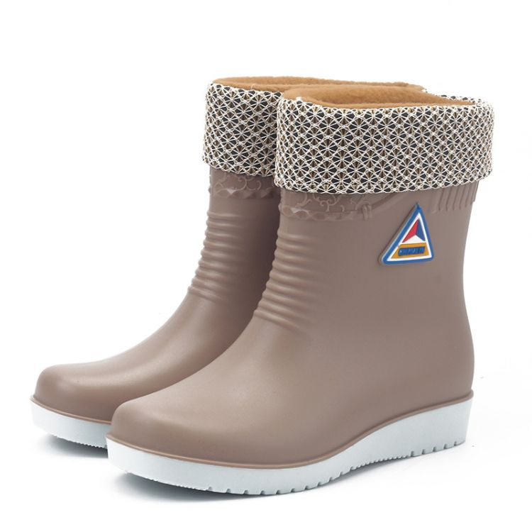 冬季保暖水鞋中筒防滑雨鞋韩版女士雨靴防水洗车鞋时尚防滑工作鞋