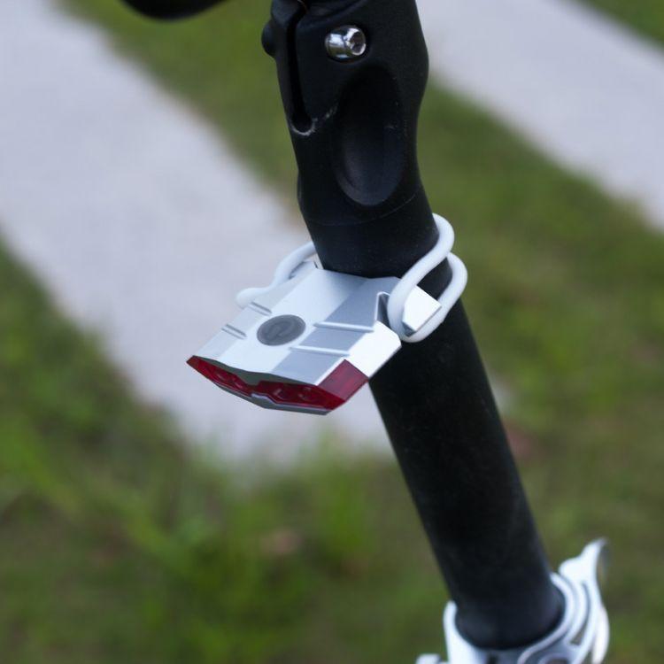 山地公路自行车充电尾灯 USB后车灯LED警示灯 A100充电尾灯