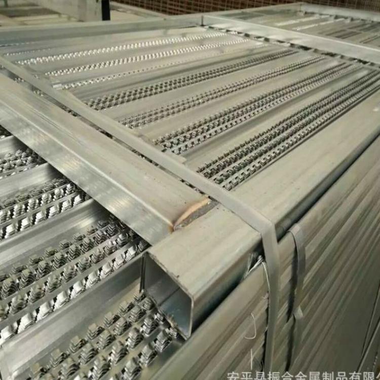 雪花板收口网 混凝土后浇带 0.25*450*2200mm热镀锌板