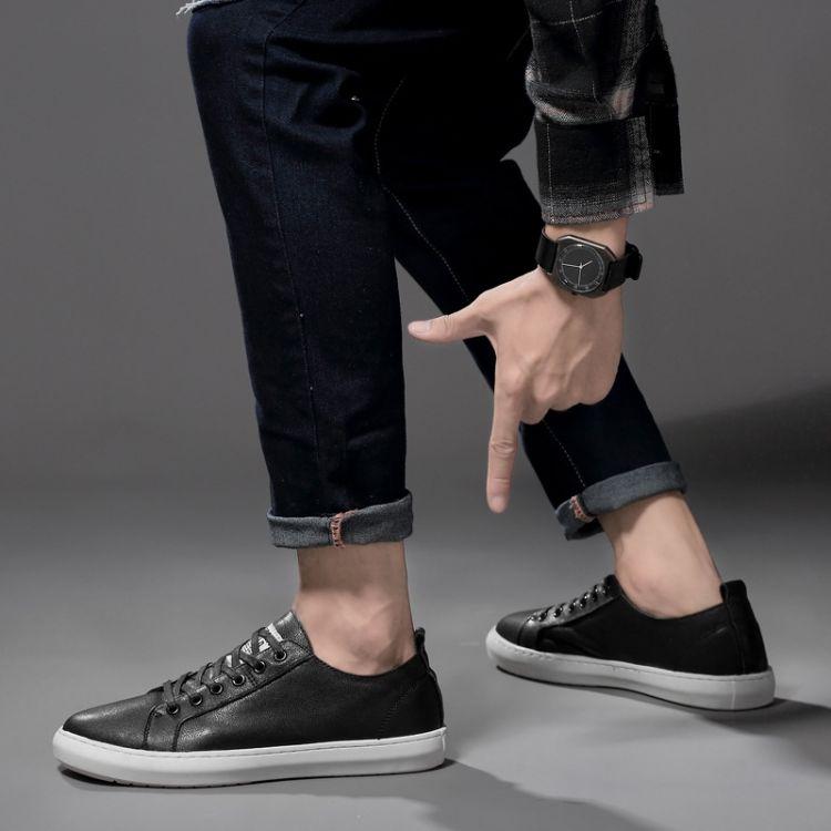 男鞋秋季潮鞋2018新款板鞋韩版真皮百搭休闲鞋时尚男士小黑皮鞋男