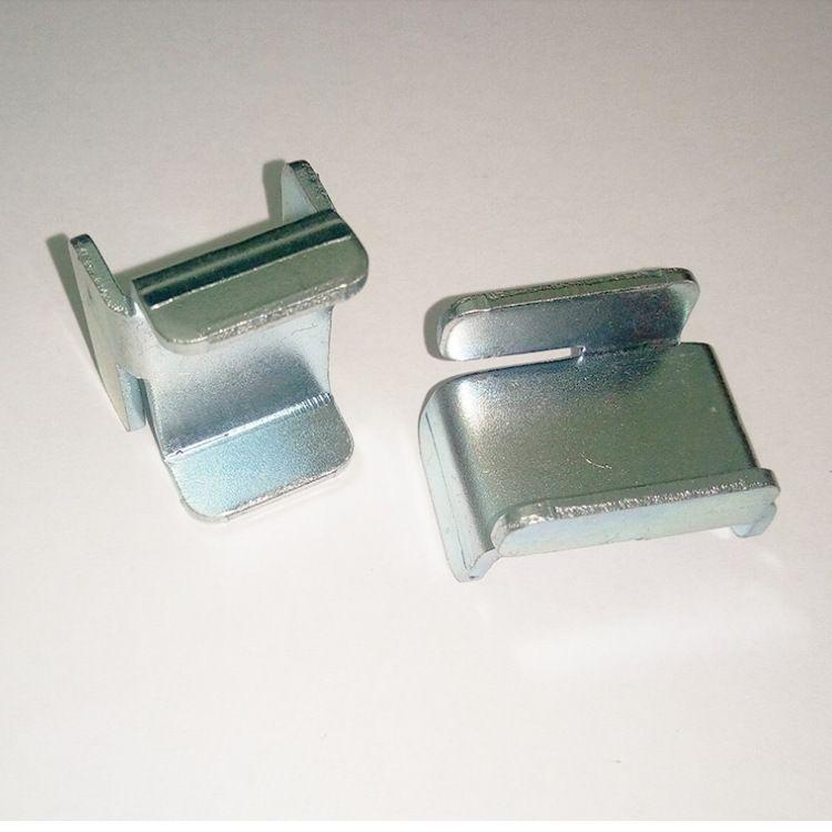厂家直销优质标准G系列特价图腾连接件U型卡件K系列弱电机柜