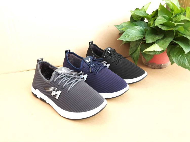 冬季保暖老北京男鞋加绒加厚一脚蹬防滑爸爸鞋地摊跑量鞋