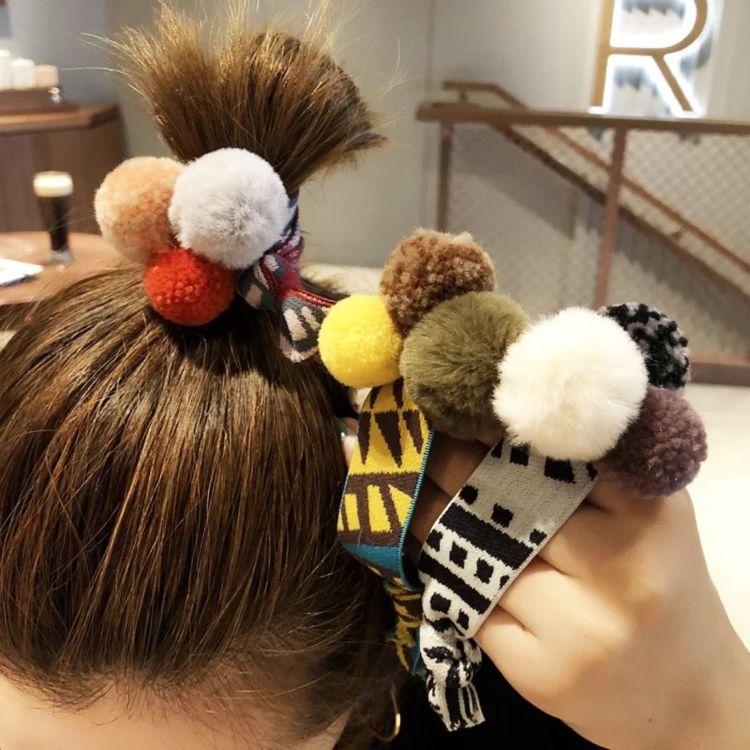 冬季新款毛球头绳女发圈韩国成人钉珠发绳简约珍珠皮套可爱头饰品