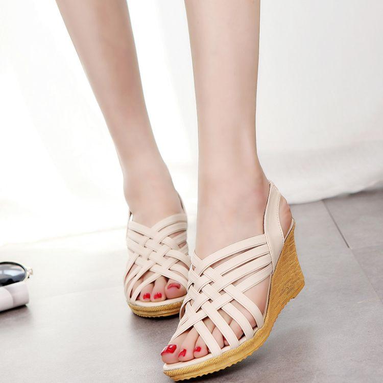 断码处理夏季新款女鞋坡跟欧美时尚女凉鞋交叉绑带套脚纯色高跟鞋