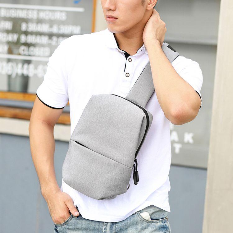 2018新款韩版潮流高品质胸包男多层收纳户外骑行包小背包工厂批发