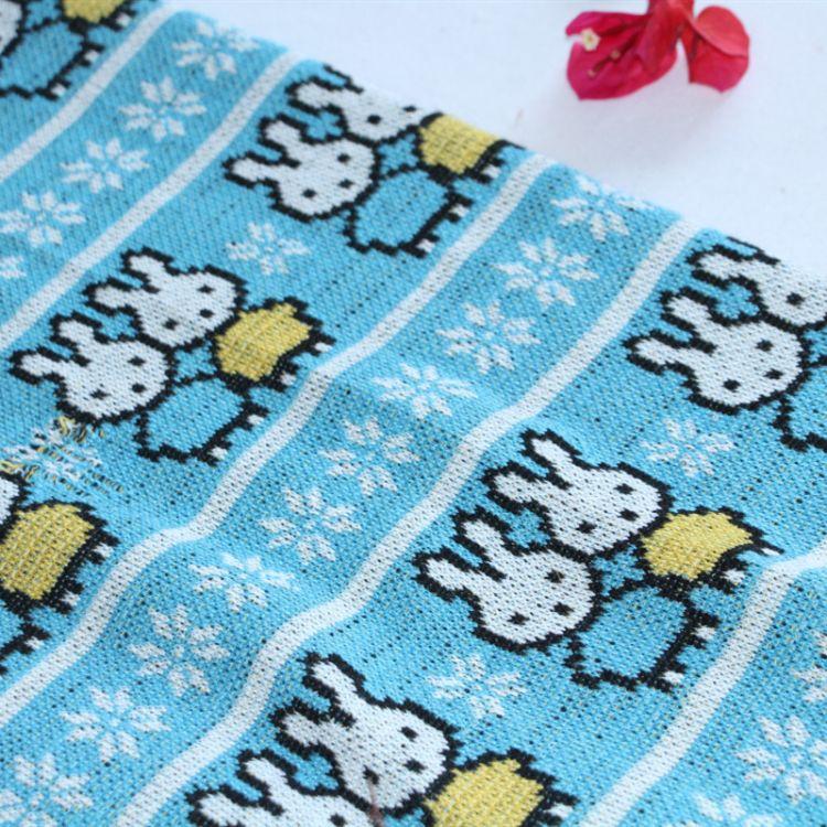 佳宜纺织厂家直销 涤睛混纺交织面料 粗针毛线针织布料色织提花布