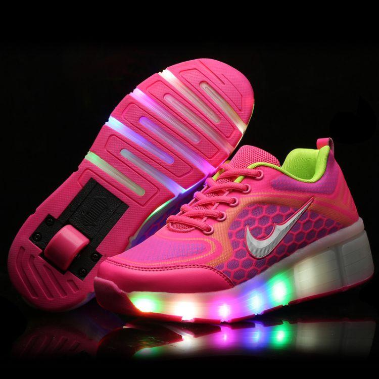 跨境专供儿童暴走鞋单轮发光轮子鞋led轮滑鞋爆走鞋厂家一件代发