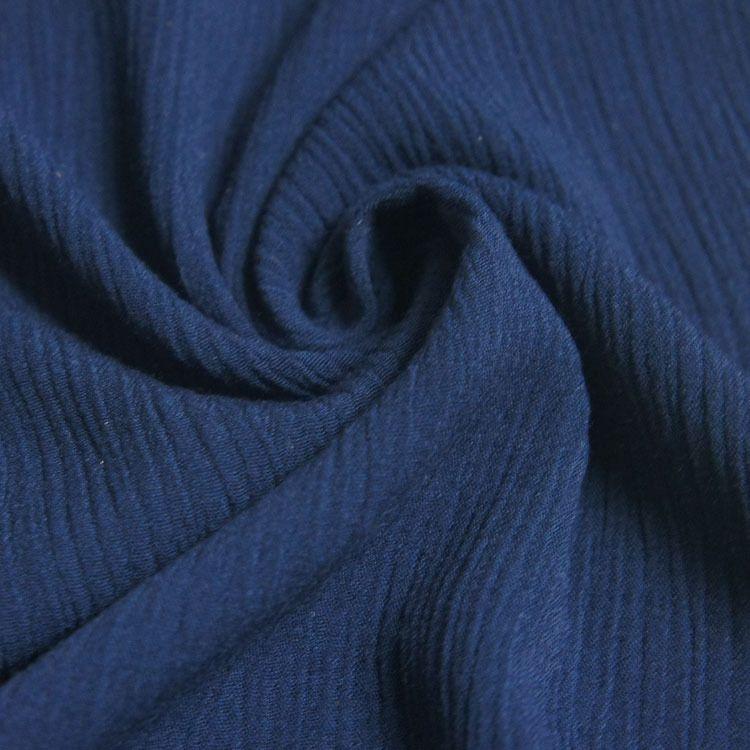 厂家批发 人棉顺纡绉 宽幅 纬皱染色 杨柳绉 粘胶短纤维皱布面料
