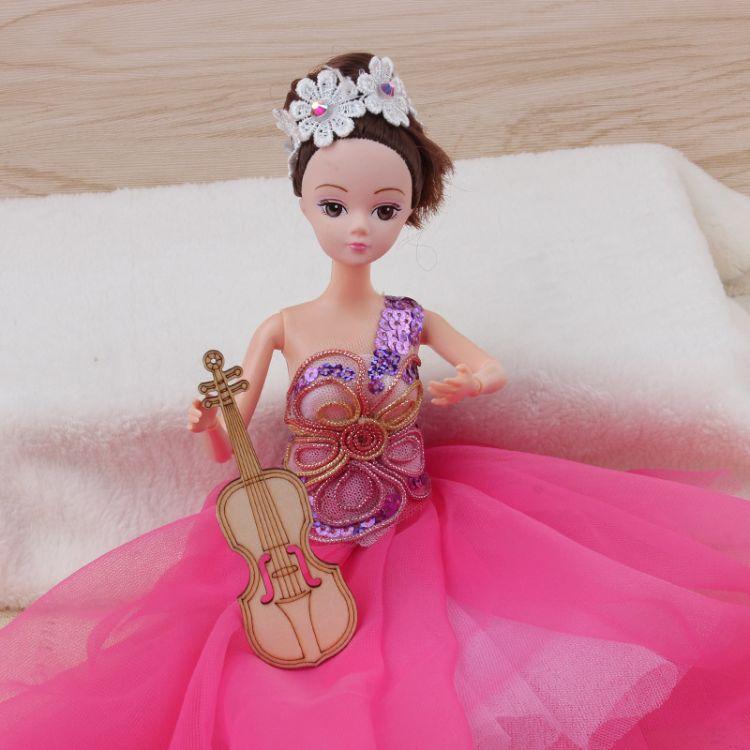 厂家批发新款大拖尾婚纱娃娃 梦幻时尚玩具娃娃 新娘婚纱婚庆摆件