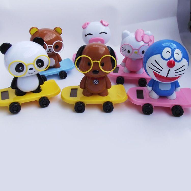 新款太阳能滑板娃娃 滑滑板公仔 太阳能玩具工厂定制批发