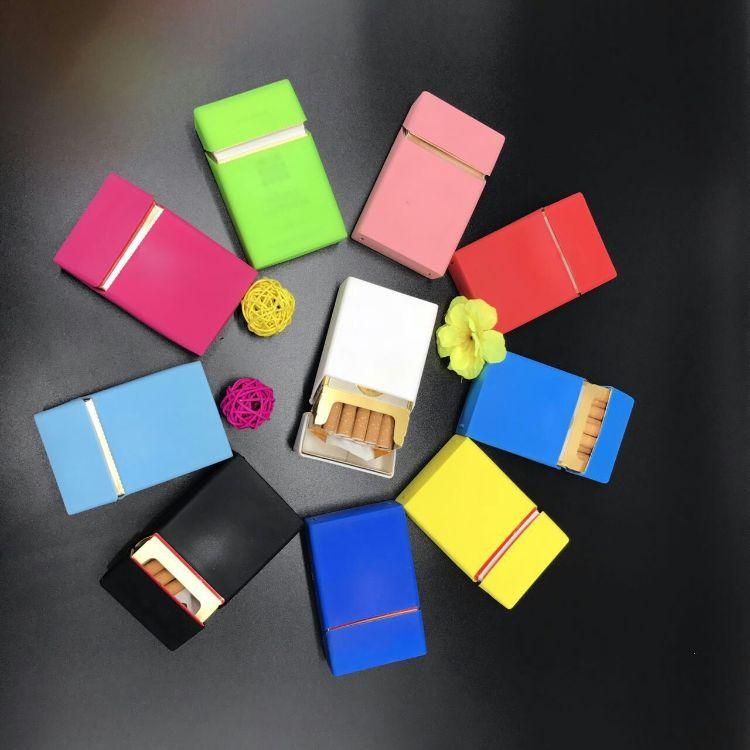 厂家直销 男士硅胶烟盒 多款式硅胶烟盒  多色可加印logo