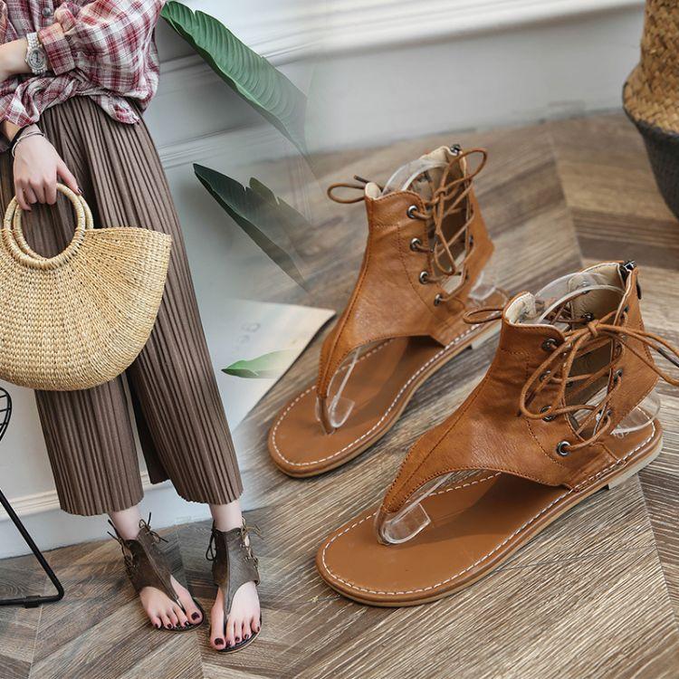 厂家直销18夏季新款大码凉鞋女41-43夹趾复古细带平底罗马凉鞋女