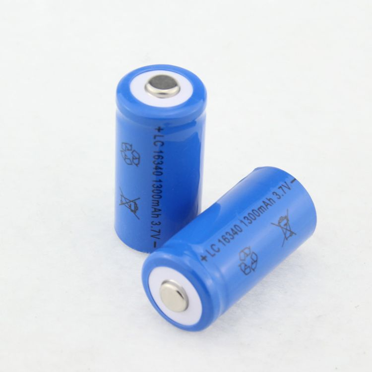 全新电芯16340锂电池强光手电筒专用3.7V充电电池批发