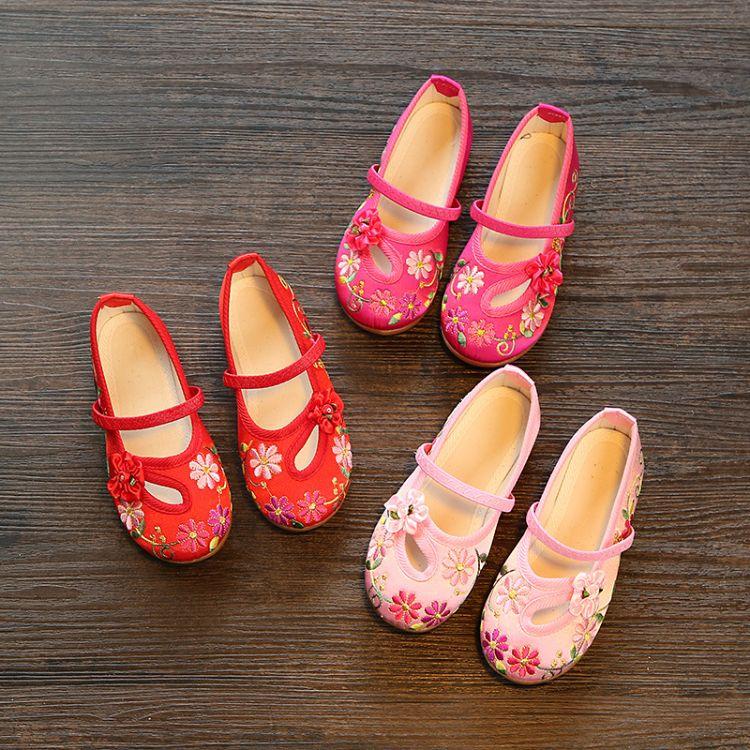 批发代发儿童绣花鞋女童老北京布鞋民族风表演出鞋牛筋底汉服鞋子
