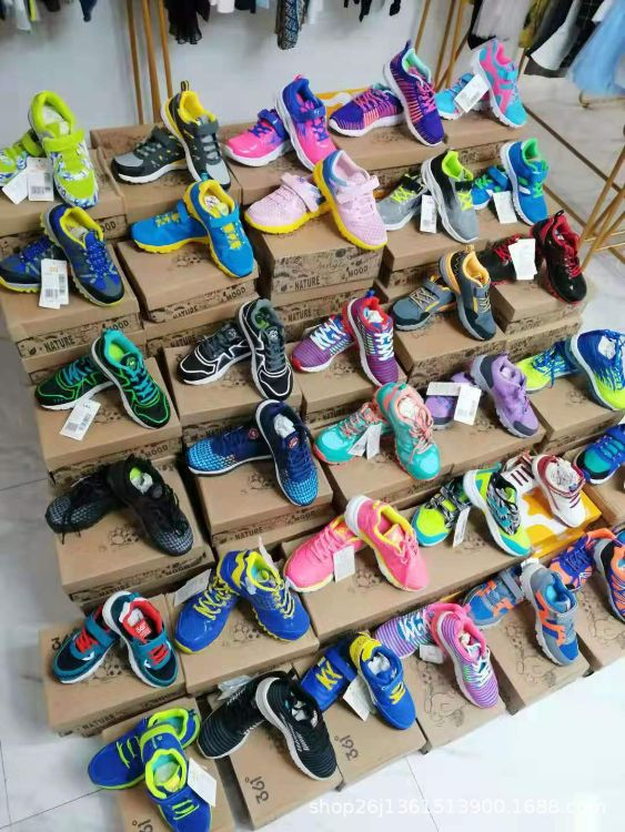 福建知名品牌361厂家直销中大童时尚休闲跑鞋品牌折扣批发货源