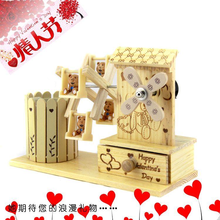 厂家直销笔筒音乐盒生日礼物 创意木质音乐盒摆件工艺品风车批发