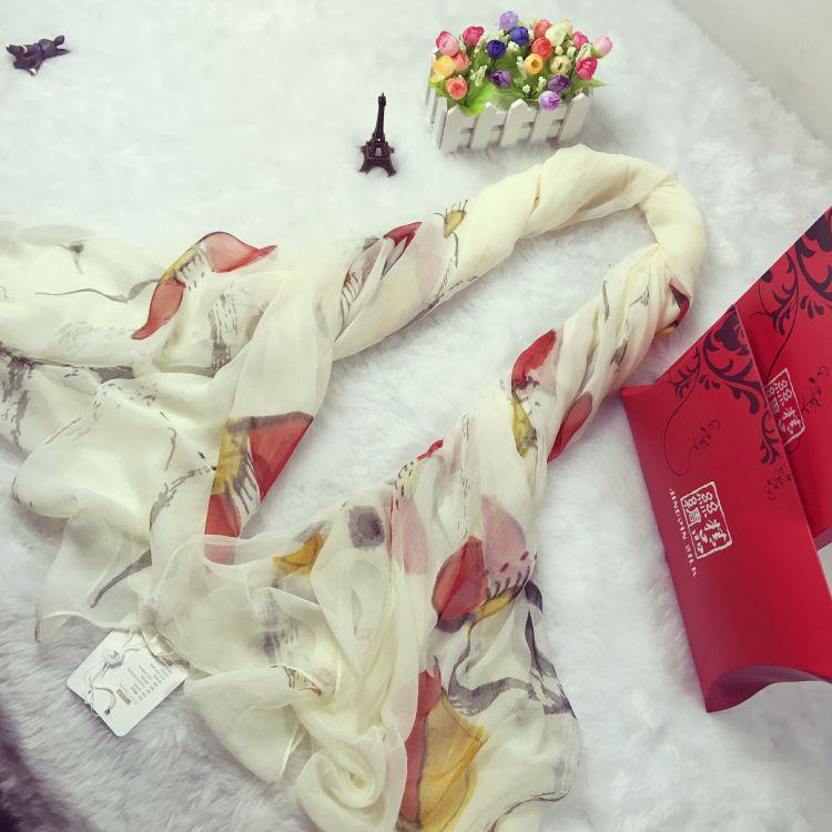 圍巾女春秋防曬披肩海灘沙灘巾海邊超大兩用紗巾百搭度假絲巾夏季
