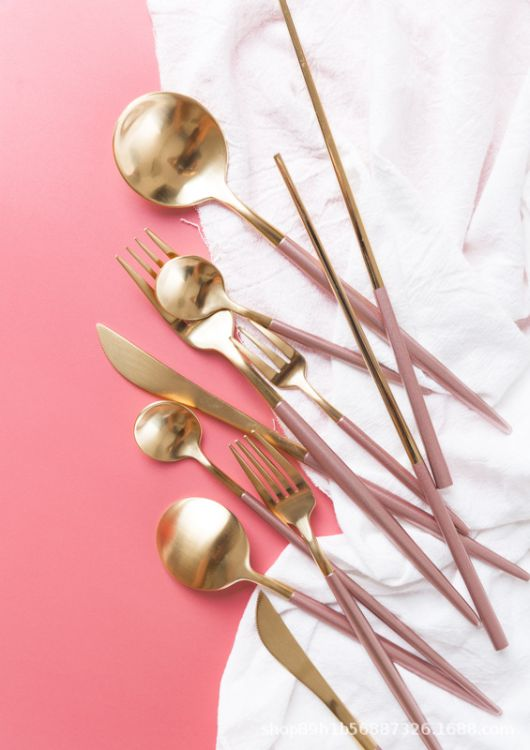 葡萄牙设计拉丝高端不锈钢刀叉 香槟粉西餐刀叉勺粉金
