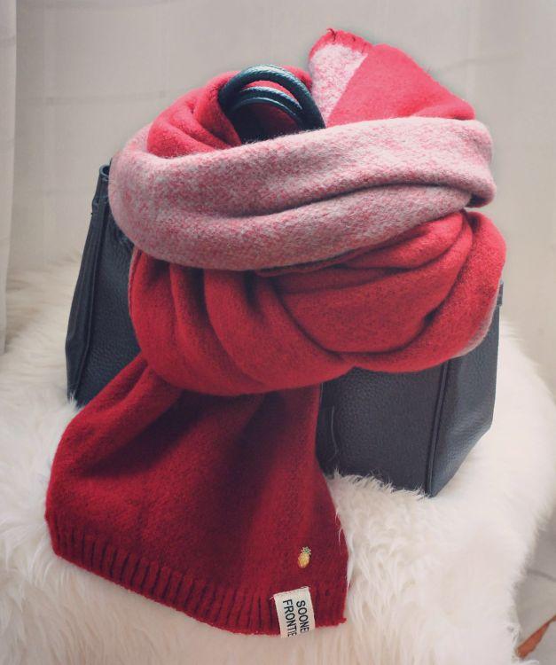 双面菠萝配饰扣针拉毛围巾韩版女士冬季保暖长款毛线围脖百搭披肩