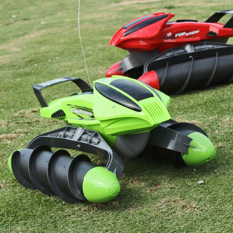 水陆战车两栖自由转化 霸气遥控坦克 水中畅游玩具厂家直销