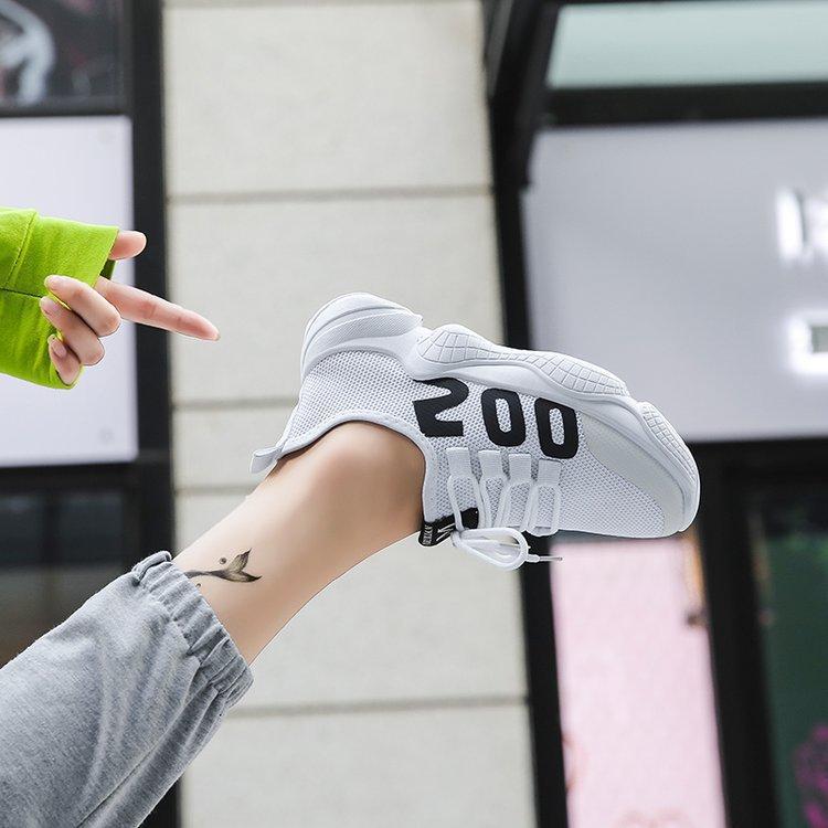 飞织面单鞋网纱镂空软底休闲鞋新款透气学生女运动鞋便宜女鞋几元