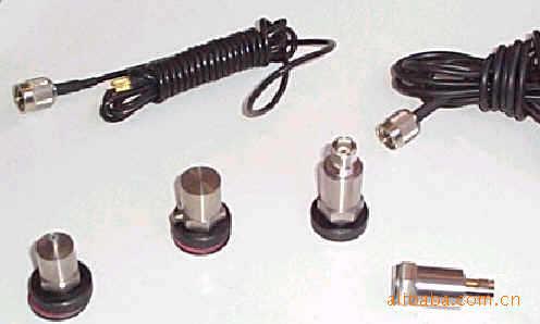专业厂家直供 加速度传感器/压电式/三角剪切电荷输出型