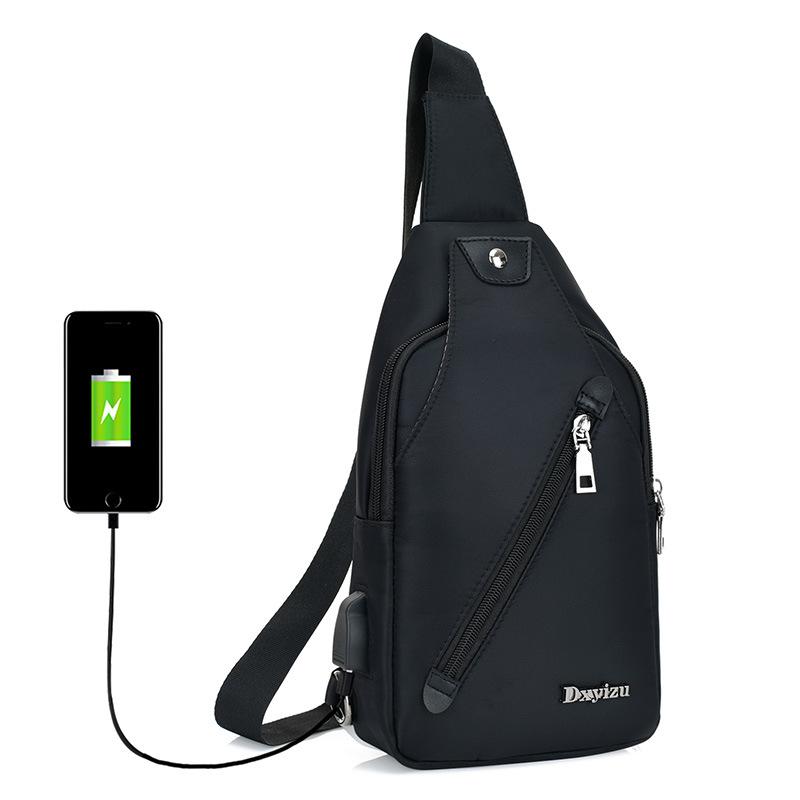 2018新款胸包男士单肩USB斜挎包休闲青年运动单肩小背包