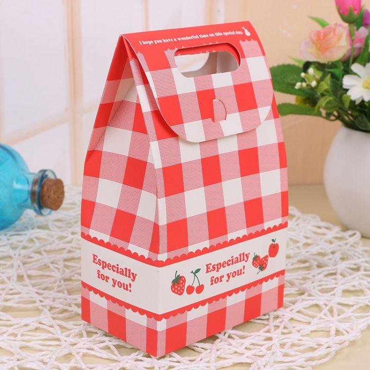 厂家直销复古红色格纹牛皮纸袋折叠食品手提袋创意礼品糖果包装袋