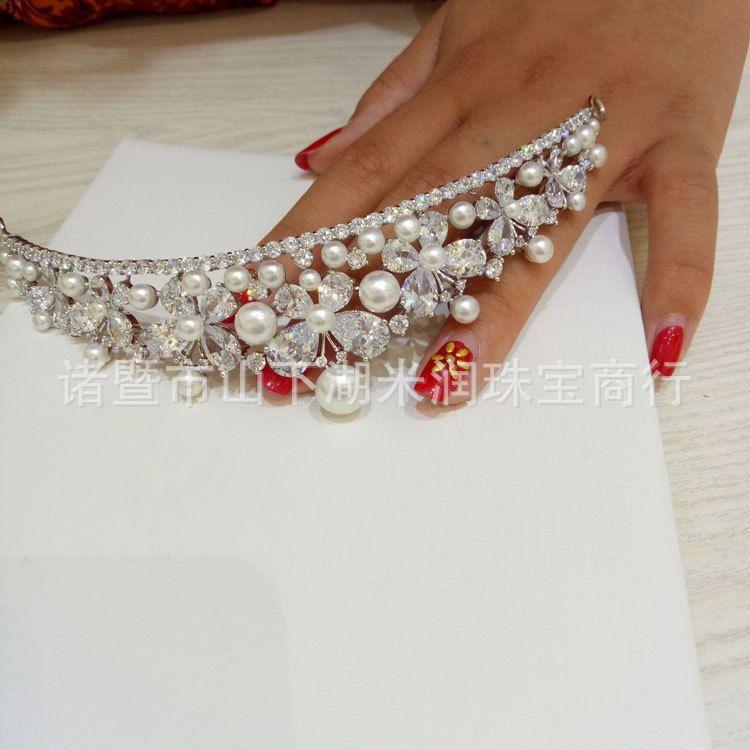 直销   时尚简约    气质百搭    珍珠王冠  女